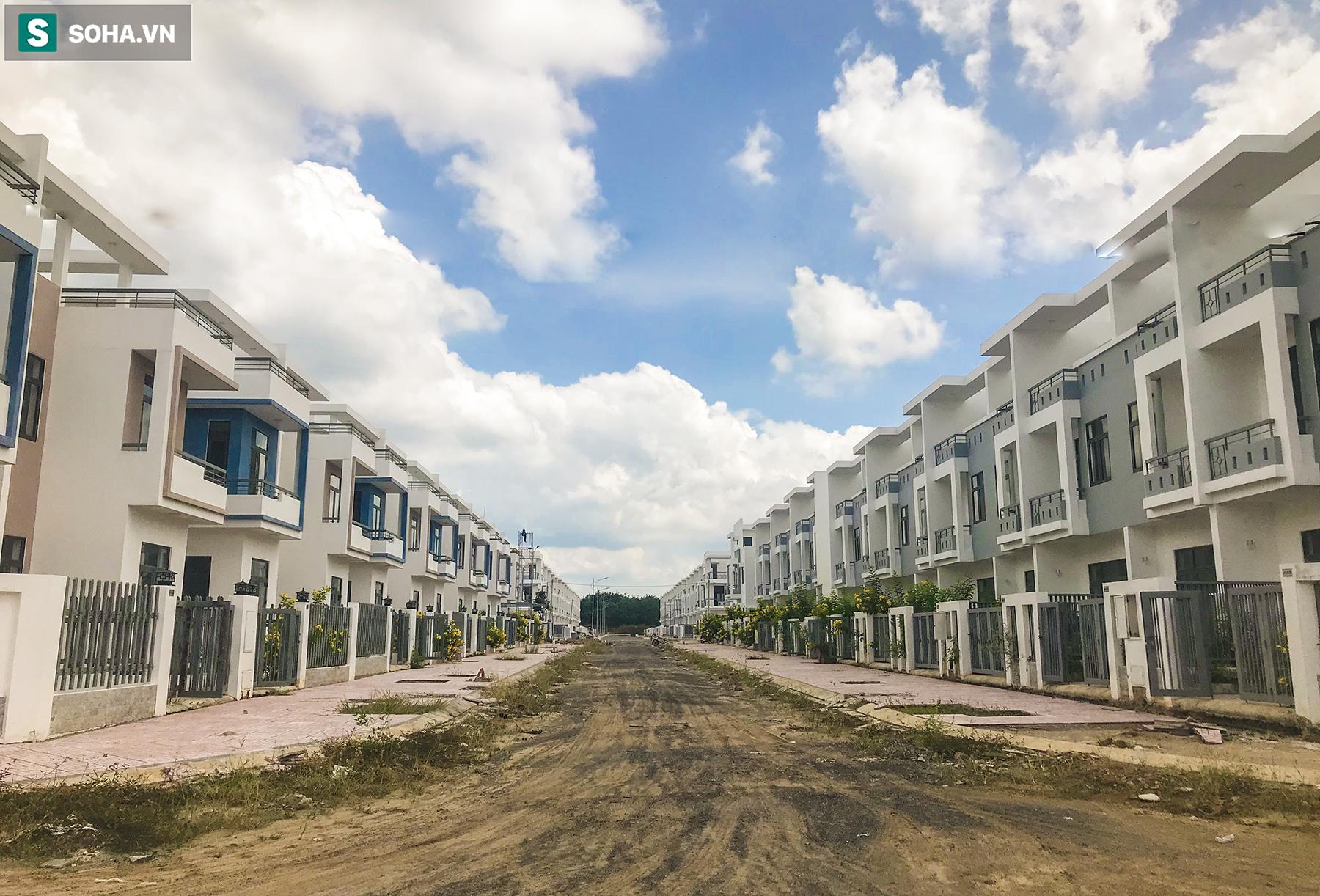 [Ảnh] Cận cảnh dự án với gần 700 căn nhà trái phép, được quảng cáo là đô thị thông minh đầu tiên tại Việt Nam - Ảnh 7.
