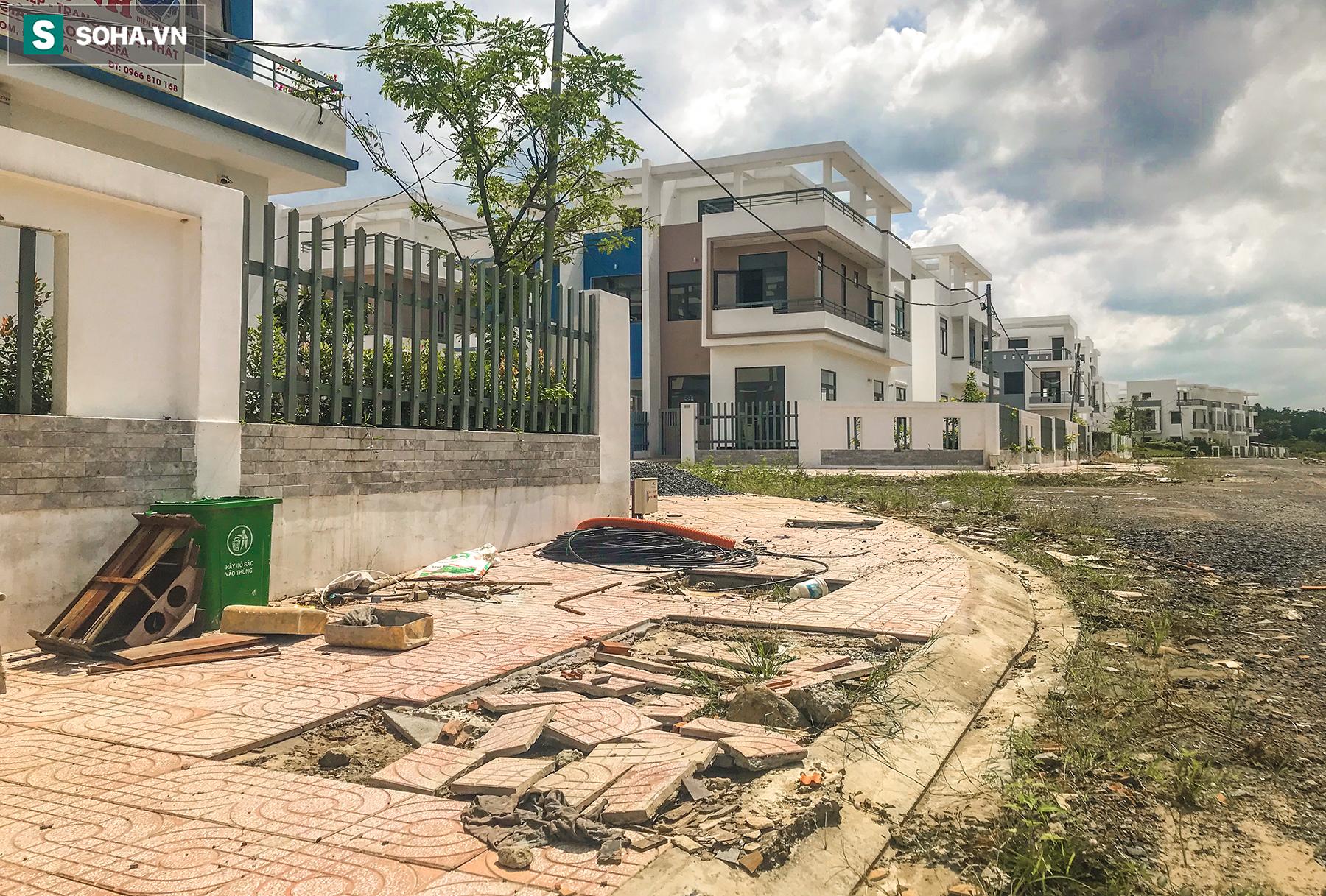 [Ảnh] Cận cảnh dự án với gần 700 căn nhà trái phép, được quảng cáo là đô thị thông minh đầu tiên tại Việt Nam - Ảnh 12.