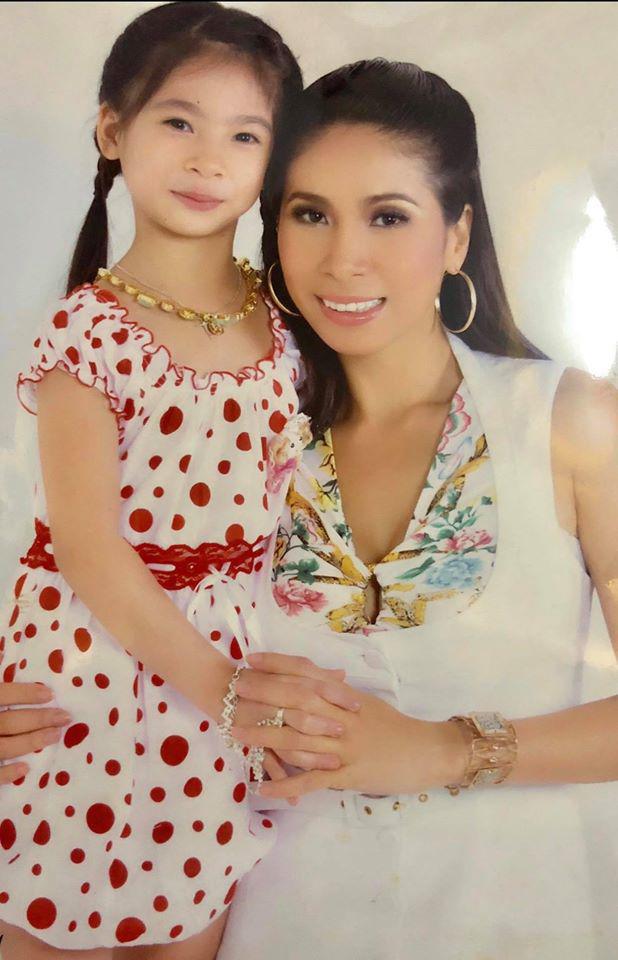 Danh tính con gái ruột gợi cảm 18 tuổi mà em gái Lý Hùng phải xa cách trong suốt 10 năm - Ảnh 2.