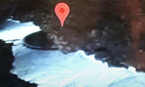 Băng tan tại Nam cực, phát hiện một vật thể lạ được cho là UFO - ảnh 2