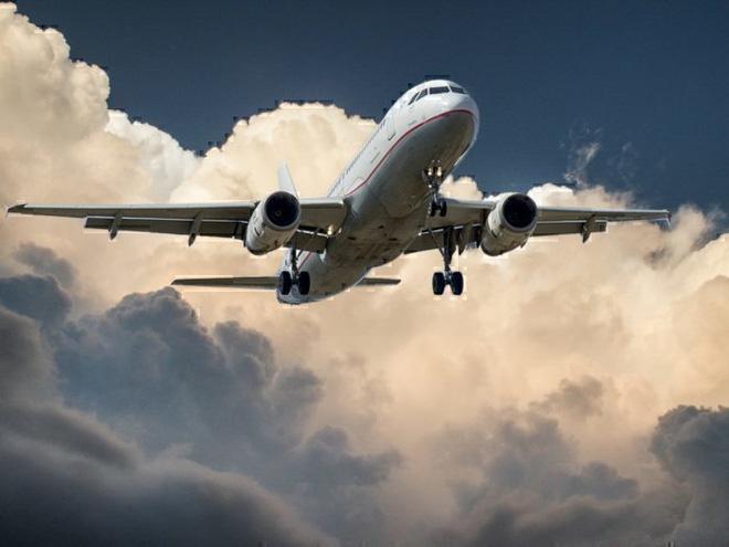 Vì sao hầu như tất cả máy bay đều có màu trắng? - Ảnh 3.
