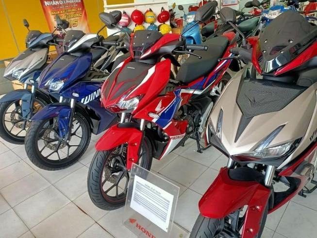 Giá Honda Winner X giảm mạnh vào cuối năm, tiếp tục đe nẹt Yamaha Exciter - Ảnh 1.
