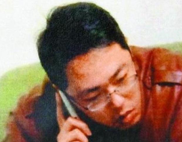 Năm 2020 phủ đen showbiz Hoa ngữ: Anh trai Minh Đạo giết vợ, Triệu Vy - Huỳnh Hiểu Minh ngoại tình và 1001 drama không hồi kết - Ảnh 2.