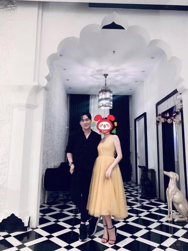 Khánh Phương lần đầu công khai bạn gái sau nhiều năm chia tay Quỳnh Nga - Ảnh 1.