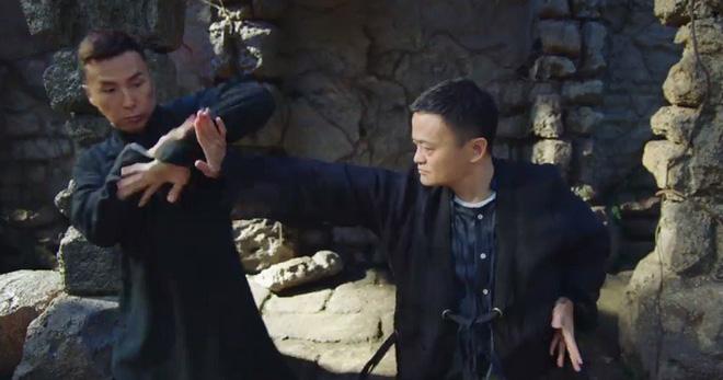 Ngày xưa là thần tượng của cả đất nước, vì sao giờ đây Jack Ma bị người Trung Quốc quay lưng? - Ảnh 1.