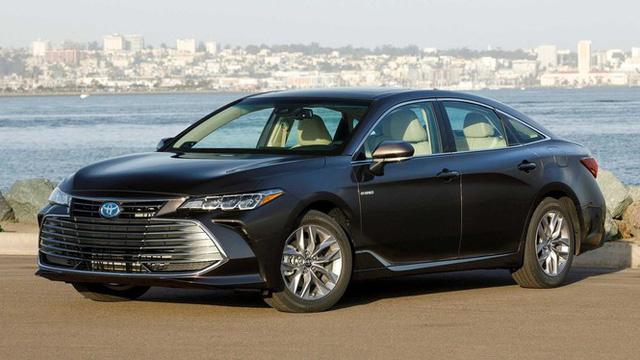 Top 10 mẫu xe mất giá nhất sau 5 năm sử dụng - Ảnh 7.