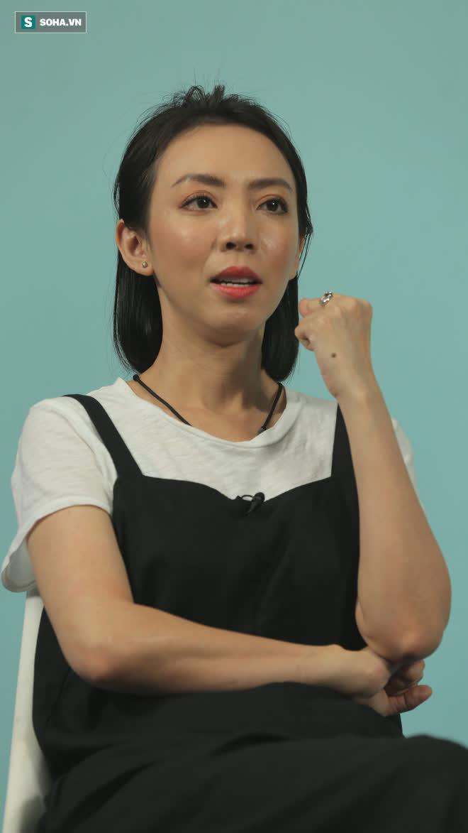 Cuộc sống vợ chồng ly kỳ của gã đường phố Tiến Luật và cô tiểu thư nhà giàu Thu Trang  - Ảnh 3.