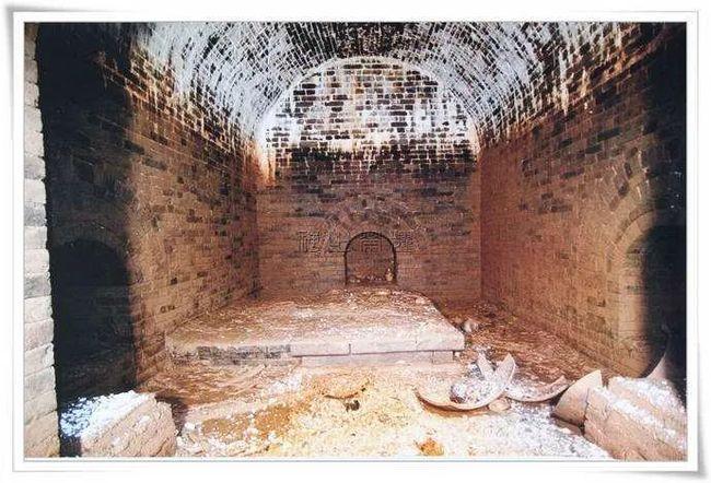 Lăng mộ xa hoa với thiết kế hiểm độc: Trộm mộ bó tay sau 3 lần đánh thuốc nổ - Ảnh 7.