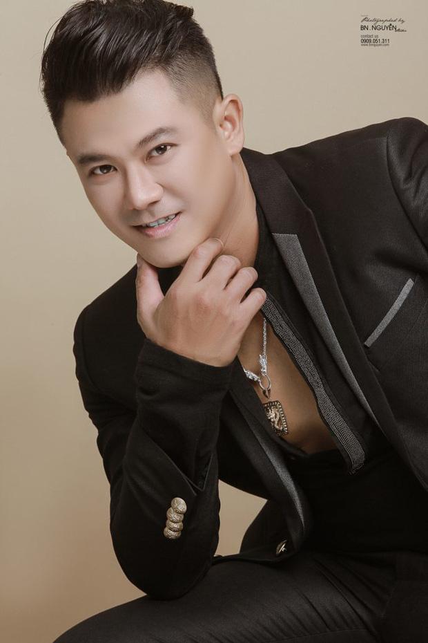 Hình ảnh cuối cùng của ca sĩ Vân Quang Long - cựu thành viên 1088 trước khi qua đời: Xót xa khoảnh khắc tươi cười với con gái! - Ảnh 4.