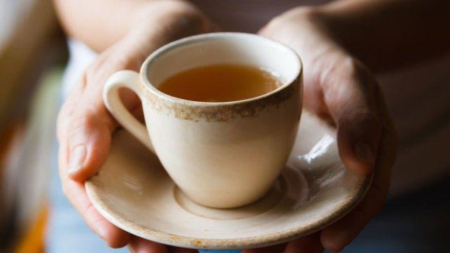 5 tác dụng phụ của việc uống quá nhiều trà: Dân nghiện trà đừng bỏ qua! - Ảnh 5.