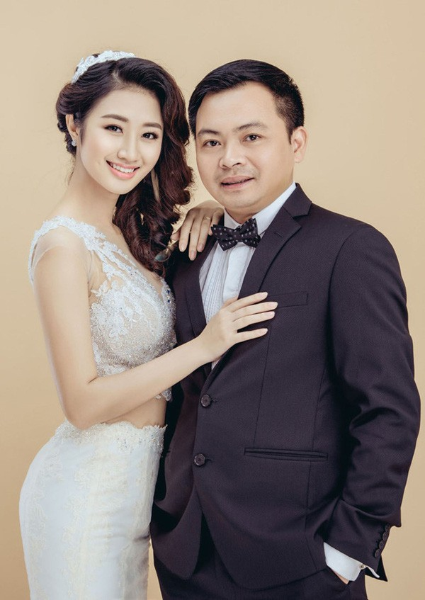 Hoa hậu Thu Ngân: Người đẹp tròn 20 tuổi vừa đăng quang đã vội lấy chồng giờ ra sao? - ảnh 2