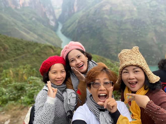 Gia đình 3 thế hệ ở Sài Gòn bất ngờ chịu chung bản án tử thần và lời hứa thay mẹ trở về thăm quê hương một lần - Ảnh 9.