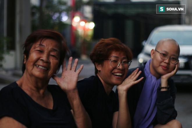 Gia đình 3 thế hệ ở Sài Gòn bất ngờ chịu chung bản án tử thần và lời hứa thay mẹ trở về thăm quê hương một lần - Ảnh 8.