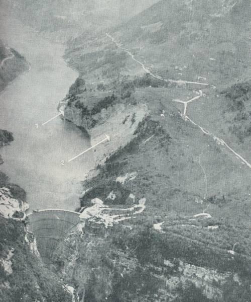 Kinh hoàng thảm họa vỡ đập lớn nhất thế giới ở Italy - Ảnh 4.