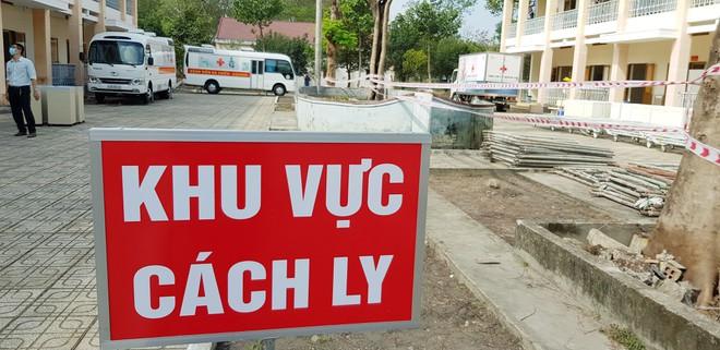 Dịch Covid-19 ngày 4/12: Tây Ninh cách ly 2 nữ sinh học cùng BN 1349; TP. HCM mở rộng xét nghiệm các nhóm nguy cơ cao - Ảnh 1.