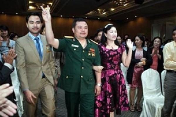 Dựng rạp, mời hơn 6.000 bị hại tới phiên xử vụ Liên Kết Việt lừa đảo - Ảnh 1.