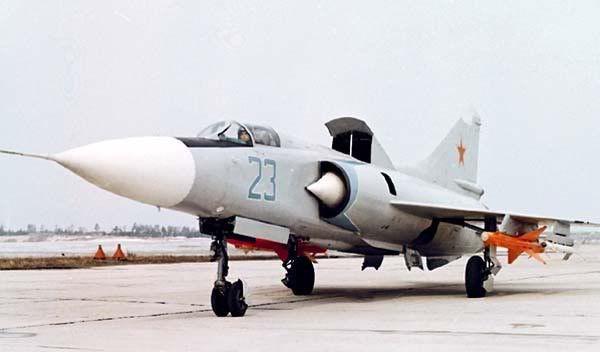 Khi Không quân Việt Nam còn chưa biết MiG-21 là gì thì BQP Liên Xô đã ra chỉ đạo đặc biệt - Ảnh 2.