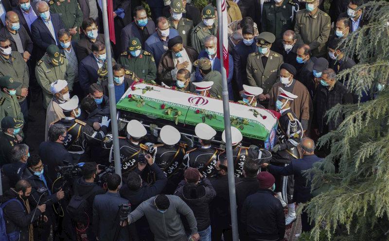 """""""Bừng bừng lửa giận"""", Iran vẫn khó trả đũa vụ nhà khoa học bị sát hại: Mỹ trên cơ với thứ Tehran muốn nhất?"""