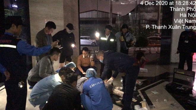 Hà Nội: Công an đang làm rõ vụ tai nạn nghiêm trọng tại chung cư Golden Land - Hoàng Huy - Ảnh 4.
