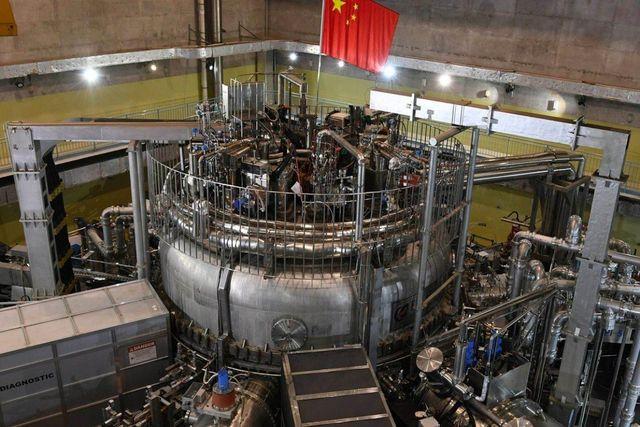 Trung Quốc khởi động thành công mặt trời nhân tạo, nóng gấp 10 lần lõi Mặt trời - Ảnh 1.