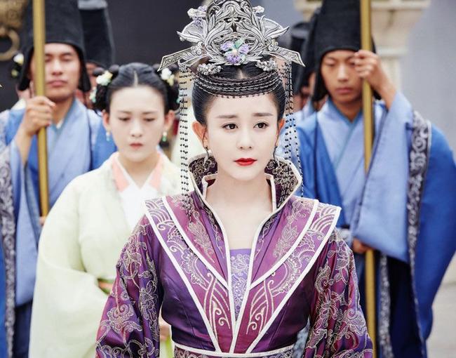 Cặp đôi thanh mai trúc mã vốn là kẻ thù nhưng trở thành Hoàng đế - Hoàng hậu chung thủy 1 vợ, 1 chồng đầu tiên trong lịch sử Trung Hoa - Ảnh 1.