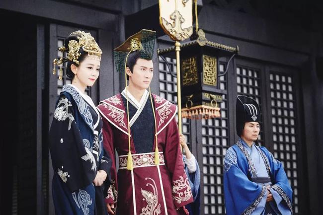 Cặp đôi thanh mai trúc mã vốn là kẻ thù nhưng trở thành Hoàng đế - Hoàng hậu chung thủy 1 vợ, 1 chồng đầu tiên trong lịch sử Trung Hoa - Ảnh 2.