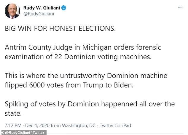 Nhóm pháp lý của ông Trump ăn mừng thắng lợi lớn sau cái gật đầu của thẩm phán bang Michigan - Ảnh 1.