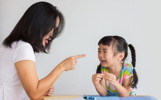 Con gái bỏ học - trộm tiền - la hét với phụ huynh, hành động sau đó của bà mẹ khiến dân tình tán thưởng không ngớt - Ảnh 3.