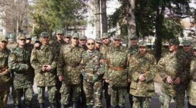 Đại cao thủ đặc nhiệm TQ dùng tuyệt kỹ bí hiểm hạ gục vệ sĩ của tổng thống Macedonia - Ảnh 6.
