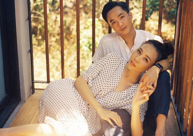 Đàm Thu Trang khoe ảnh toàn cảnh biệt thự bạc tỷ về đêm, dân tình chỉ mải nhìn khoảnh khắc cực tình của 2 vợ chồng - Ảnh 6.
