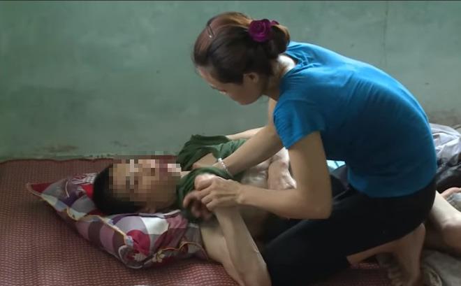 Hai con chết vì đuối nước, chồng bị tai nạn nằm liệt giường, người phụ nữ khóc mong sự giúp đỡ từ cộng đồng - Ảnh 1.