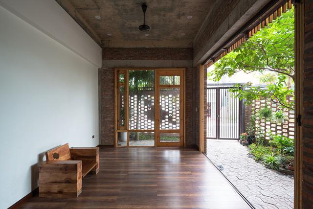 Ngôi nhà có cấu trúc mở ngập tràn ánh sáng tự nhiên - Ảnh 7.