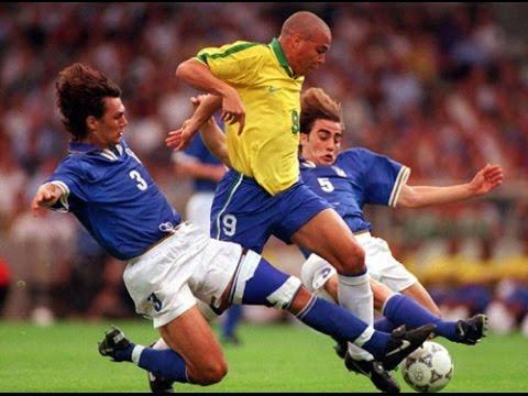 Giải đấu huyền thoại: Ai cũng sợ Ro béo, Carlos đá phạt kinh điển, nhưng Anh mới là nhà vô địch - Ảnh 2.