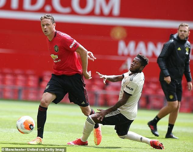 Luke Shaw khoe lập cú đúp trong trận hòa 4-4 của MU ở Old Trafford - Ảnh 6.