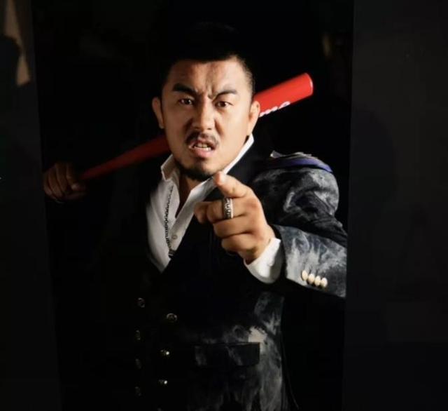 Quyền vương tán thủ làm võ lâm dậy sóng khi quỳ lạy võ sư Thái Cực sau trận đấu hi hữu - Ảnh 4.