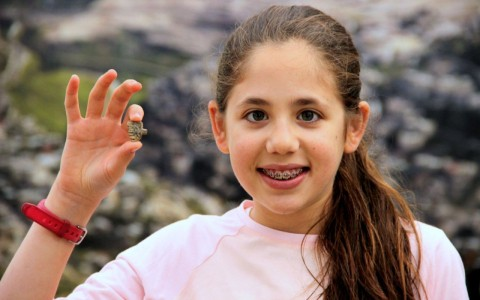 Bé trai 12 tuổi tìm thấy thuyền cổ 4.000 tuổi chấn động giới khảo cổ - Ảnh 3.