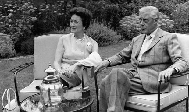 Hoàng tử George sẽ không có cơ hội được trao tước hiệu này vì câu chuyện buồn trong quá khứ của Hoàng gia Anh - Ảnh 3.