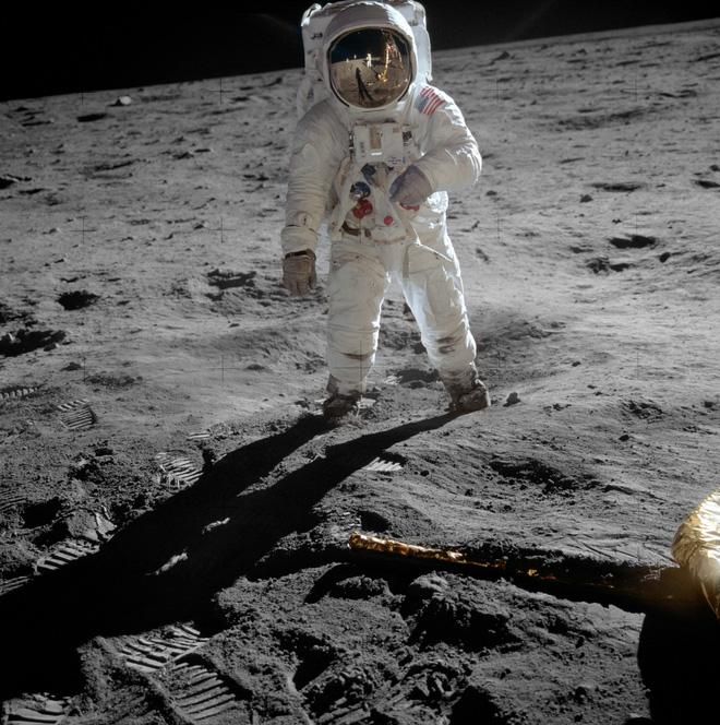 Những chiếc đồng hồ Mặt Trăng - Ảnh 4.