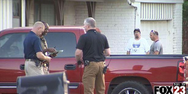 Người đàn ông bị điều tra vì khiến 2 con tử vong sau khi bỏ quên 5 tiếng trong xe - Ảnh 3.