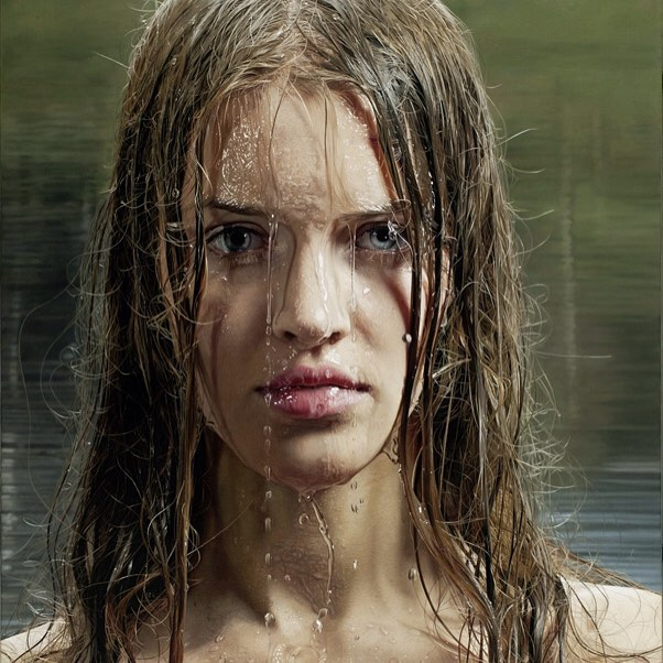 Hình ảnh 2 cô gái chơi đùa trên biển trông rất đỗi bình thường nhưng ẩn sau đó là một bí mật gây choáng váng cho bất kỳ ai - Ảnh 7.
