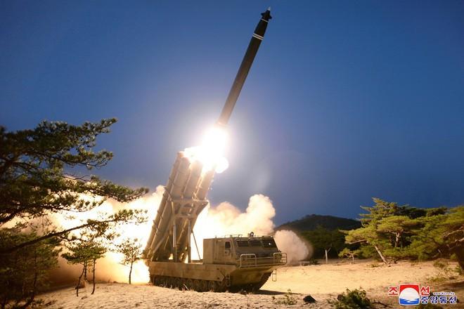 Chuyên gia dự đoán về loại vũ khí Triều Tiên có thể điều đến biên giới Hàn Quốc - Ảnh 1.