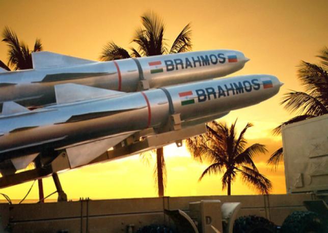 Ấn Độ khẩn cấp mua hàng loạt Su-30MKI và MiG-29 đối đầu Trung Quốc - Tên lửa hành trình BrahMos đã sẵn sàng khai hỏa - Ảnh 1.