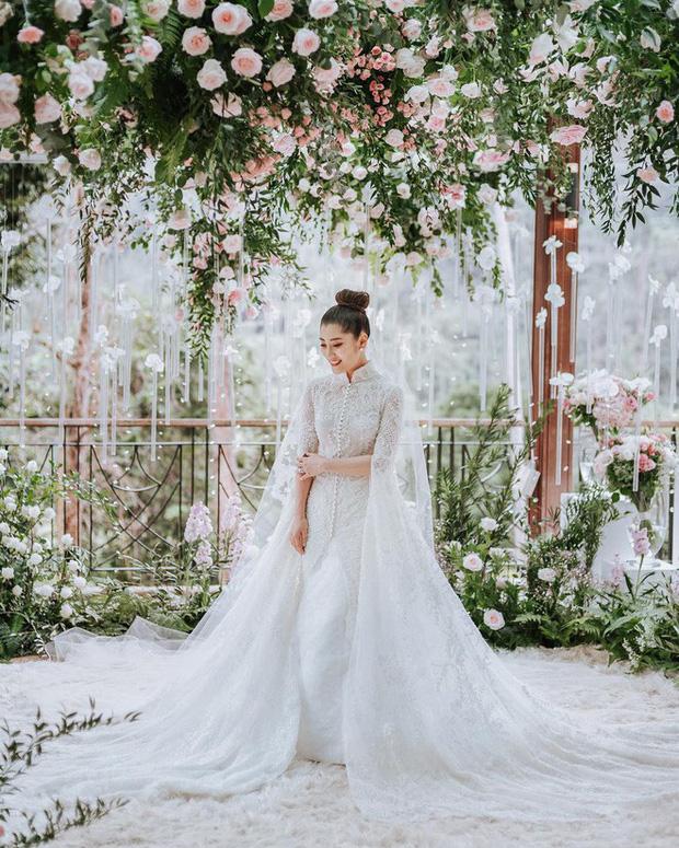 Tổ chức hôn lễ xa hoa bậc nhất năm 2018 đến tận 2 lần, cặp đôi đình đám trong hội con nhà giàu châu Á giờ có cuộc sống ra sao? - Ảnh 14.