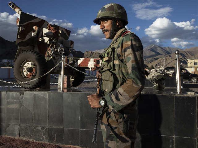 Hoàn Cầu chê quân đội Ấn Độ kém: Trung Quốc giấu kín thương vong của PLA vì sợ... người Ấn buồn - Ảnh 1.