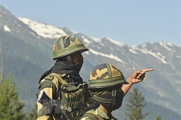 Cựu tướng Lục quân Ấn Độ: Tác chiến đồi núi của Quân đội Trung Quốc quá kém cỏi! - Ảnh 1.