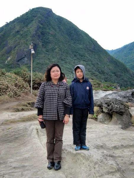 Bộ ảnh lồng ghép ấn tượng của bà mẹ đơn thân Đài Loan: Dành 17 năm ghi lại hành trình trưởng thành cùng con trai động lòng người - Ảnh 17.