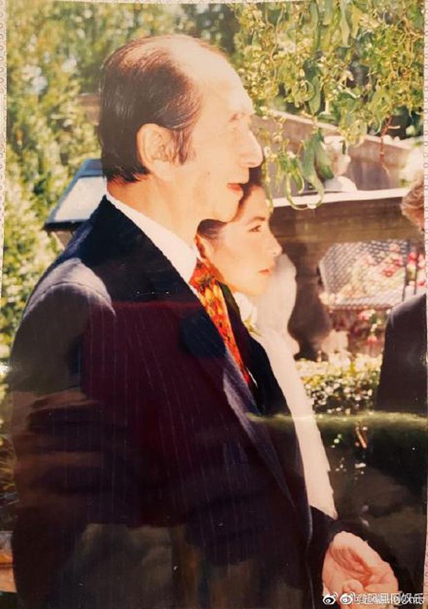 Gia tộc Vua sòng bài Macau trong Ngày của Cha: Hầu hết đều im lặng, chỉ có 2 tiểu thư đăng ảnh nhớ thương người cha quá cố - Ảnh 6.