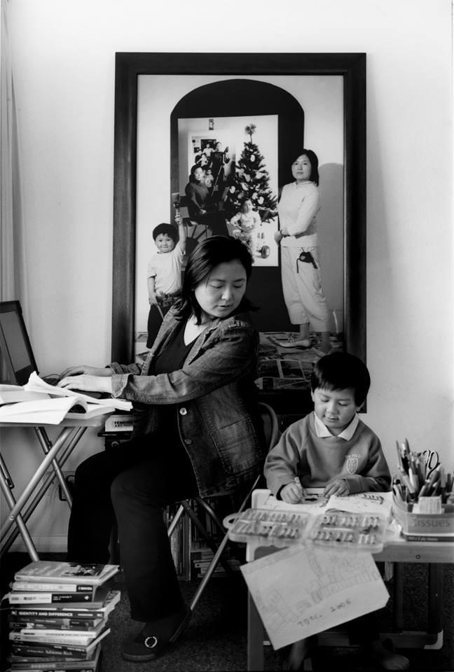 Bộ ảnh lồng ghép ấn tượng của bà mẹ đơn thân Đài Loan: Dành 17 năm ghi lại hành trình trưởng thành cùng con trai động lòng người - Ảnh 8.