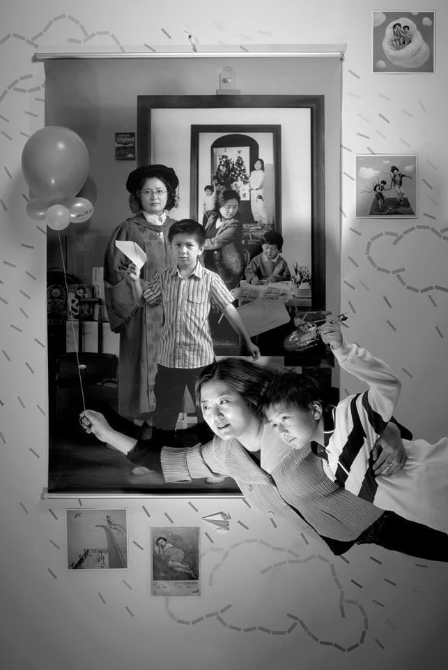 Bộ ảnh lồng ghép ấn tượng của bà mẹ đơn thân Đài Loan: Dành 17 năm ghi lại hành trình trưởng thành cùng con trai động lòng người - Ảnh 10.