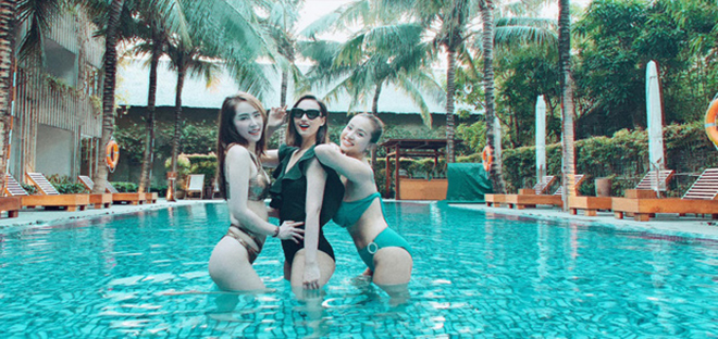 Loạt ảnh bikini gợi cảm của Quỳnh Nga - Ảnh 1.